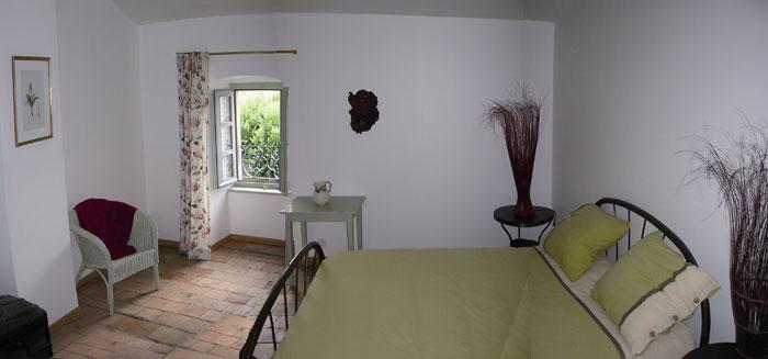 ardeche bien etre chambres et d 39 hotes et s jours bien etre au pied du chateau. Black Bedroom Furniture Sets. Home Design Ideas